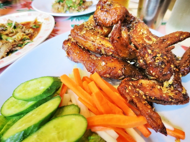 pok pok wings_Ssi.JPG
