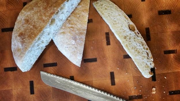 cut bread_Ssi.JPG