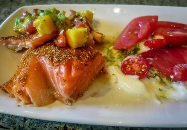 salmon w yogurt sauce_IR.jpg